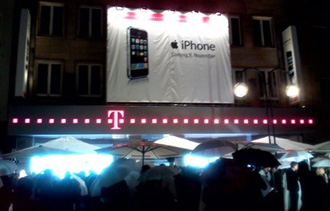 iphone-german-launch.jpg